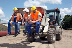 Are You Struggling with Labor Problems in the Construction Industry? Learn How to Combat Them