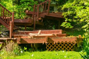 Liability vs Customer Satisfaction: When is it No Longer Safe to Repair a Deck?